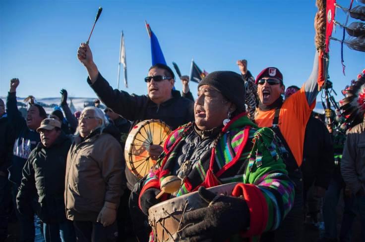 161204-dakota-protesters-react-01_8a3ea375c6b8ed75dff8803b4d2479e0-nbcnews-ux-2880-1000